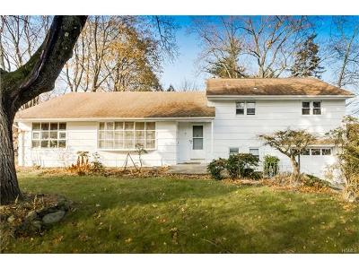 Rockland County Single Family Home For Sale: 7 South Oak Street