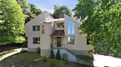 Westchester County Single Family Home For Sale: 182 North Deerfield Lane