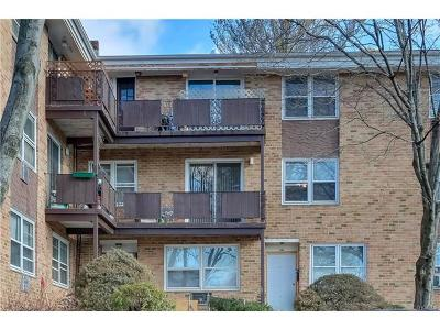Condo/Townhouse For Sale: 240 Kearsing Parkway #G
