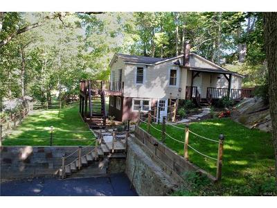 Brewster Single Family Home For Sale: 32 Hudson Drive