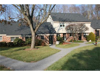 Somers Condo/Townhouse For Sale: 177 Heritage Hills #B