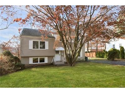 Westchester County Single Family Home For Sale: 90 Boxwood Road