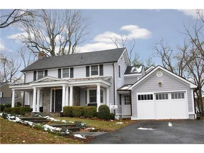 Westchester County Single Family Home For Sale: 950 Soundview Drive