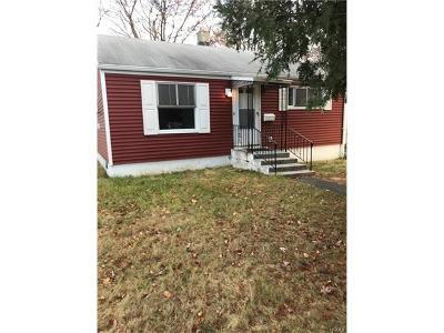 Single Family Home For Sale: 8 High Ridge Road