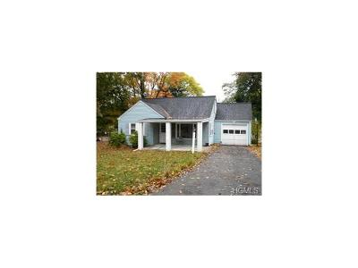 New Windsor Single Family Home For Sale: 4 Hilltop Drive