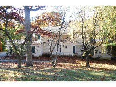 Westchester County Single Family Home For Sale: 26 Country Club Drive