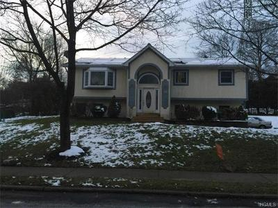 Rockland County Single Family Home For Sale: 152 Rockland