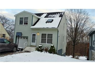 Middletown Single Family Home For Sale: 52 Mountain Avenue