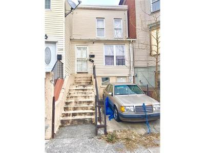 Bronx NY Multi Family 2-4 For Sale: $419,000