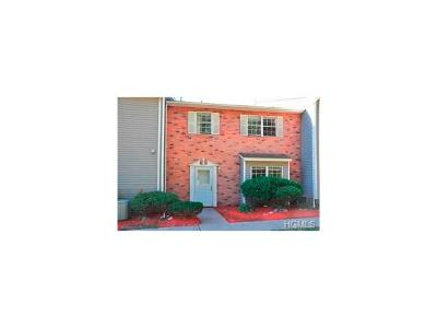 Middletown Condo/Townhouse For Sale: 17 Jimal Drive