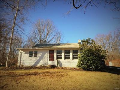 Wallkill NY Single Family Home For Sale: $149,000