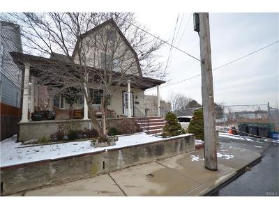 Bronx NY Single Family Home For Sale: $719,000