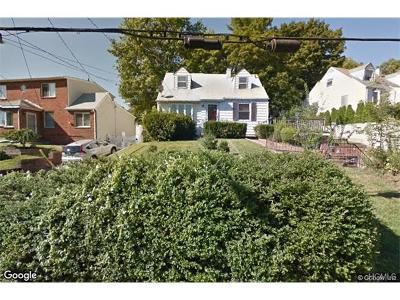 Yonkers Single Family Home For Sale: 123 Young Avenue