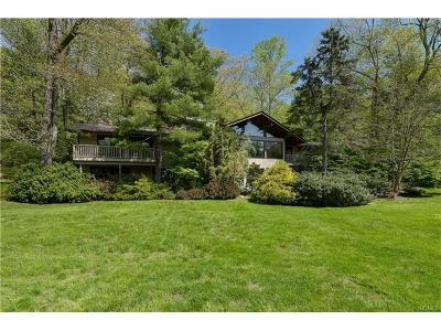 Armonk Single Family Home For Sale: 17 Whippoorwill Crossing