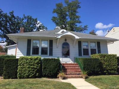 Single Family Home Sold: 48 Front Street