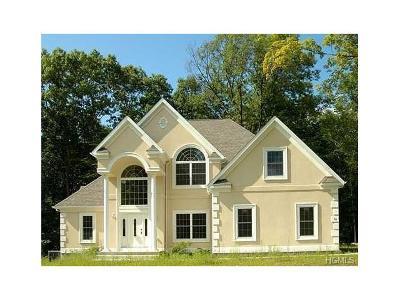 Walden Single Family Home For Sale: 75 Noelle Drive