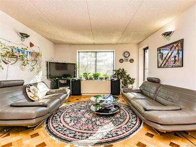 Tuckahoe Condo/Townhouse For Sale: 50 Columbus #506