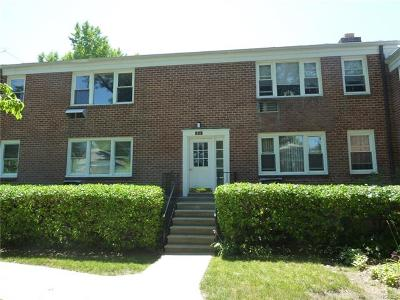 Pleasantville Co-Operative For Sale: 62 Manville Road #2
