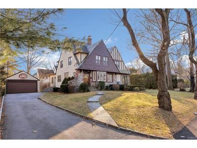 New Rochelle Single Family Home For Sale: 62 Elizabeth Road