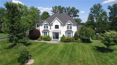 Katonah Single Family Home For Sale: 15 Autumn Ridge Court