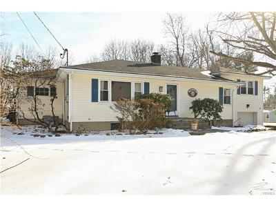 Westchester County Single Family Home For Sale: 9 Ridgeview Drive