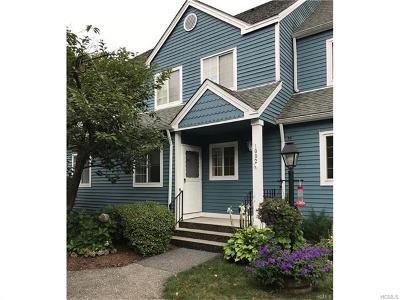 Brewster Condo/Townhouse For Sale: 1002 Farmdale Road