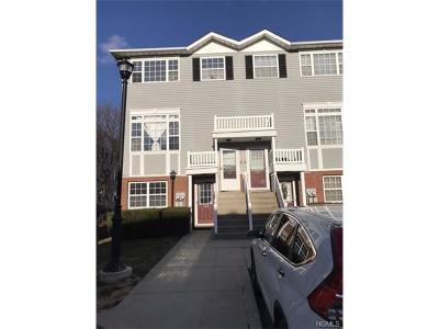 Bronx Condo/Townhouse For Sale: 130 Beacon Lane