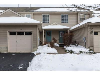 Fishkill Condo/Townhouse For Sale: 119 Elmcrest Drive