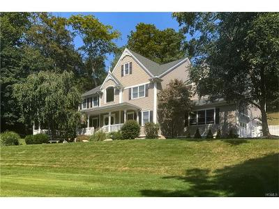 Cortlandt Manor Single Family Home For Sale: 30 Deerfield Lane