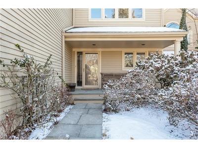 Scarsdale Condo/Townhouse For Sale: 185 Boulder Ridge Road