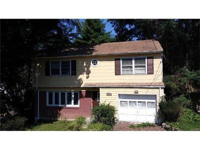 White Plains Single Family Home For Sale: 25 Midway Road