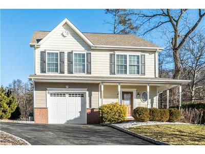 Westchester County Single Family Home For Sale: 2 Pataki Farm Drive
