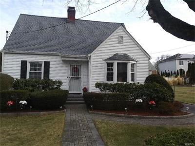 White Plains Single Family Home For Sale: 58 Bradford Avenue