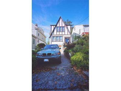 Westchester County Single Family Home For Sale: 440 Bedford Avenue