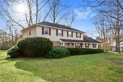Westchester County Single Family Home For Sale: 6 Hilltop Drive