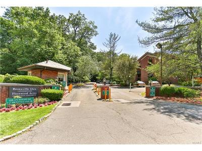 Westchester County Condo/Townhouse For Sale: 1376 Midland Avenue #607