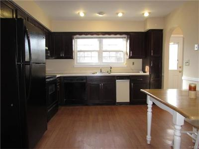 Condo/Townhouse Sold: 71 Somerset Drive