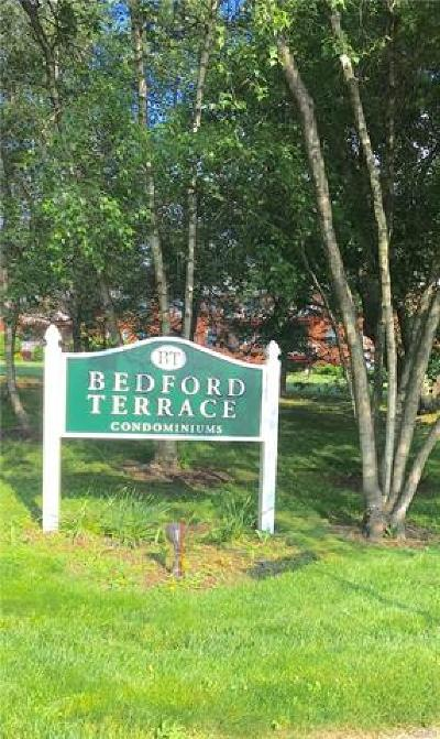 Bedford Hills Condo/Townhouse For Sale: 101 Nottingham Road #F