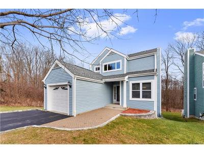 Westchester County Single Family Home For Sale: 101 Hitching Post