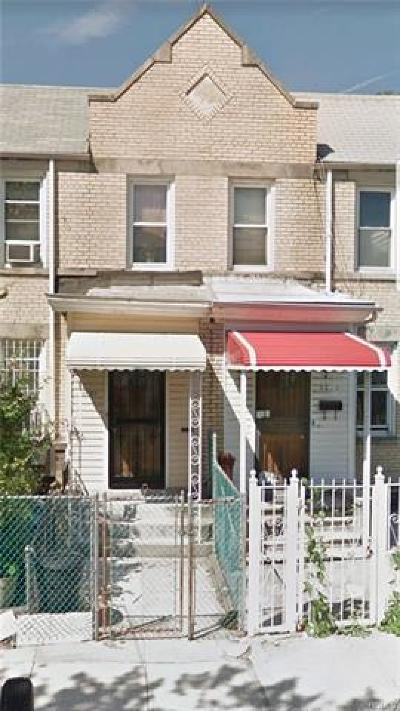 Bronx NY Single Family Home For Sale: $479,000