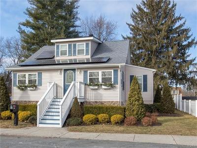Maybrook Single Family Home For Sale: 819 Abbey Avenue