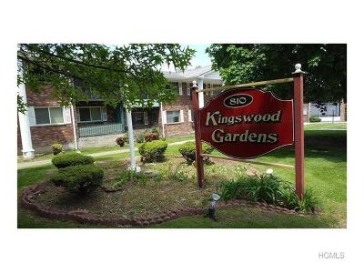 New Windsor Condo/Townhouse For Sale: 810 Blooming Grove Turnpike #96
