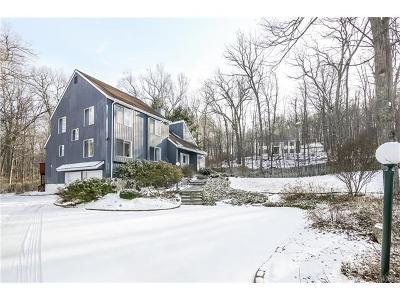 Cross River Single Family Home For Sale: 14 Hunts Lane