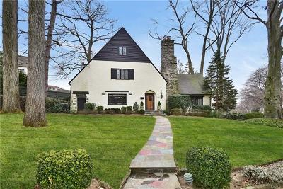 Larchmont Single Family Home For Sale: 54 Lookout Circle