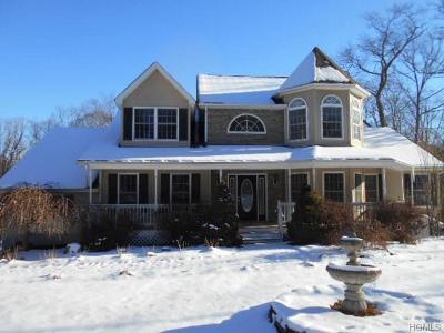 Pine Bush Single Family Home For Sale: 402 Walker Valley Road