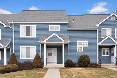 Brewster Condo/Townhouse For Sale: 204 Sheffield Court