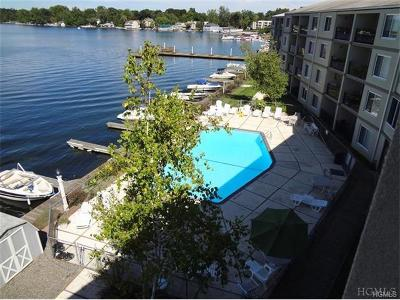 Putnam County Condo/Townhouse For Sale: 4 Marina Drive #E1