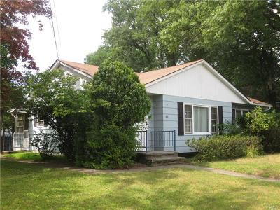 Middletown Single Family Home For Sale: 188 Commonwealth Avenue