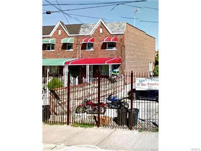 Bronx NY Single Family Home For Sale: $375,000