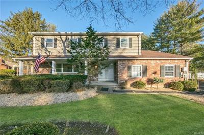 Single Family Home For Sale: 46 Colgate Drive